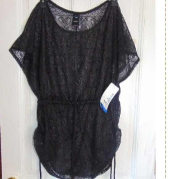 d24623e0b8 NWT Catalina black swim suit cover up-size 1X(16W)